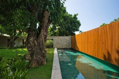 Bahia House by Marcia Hogan Arquitecto
