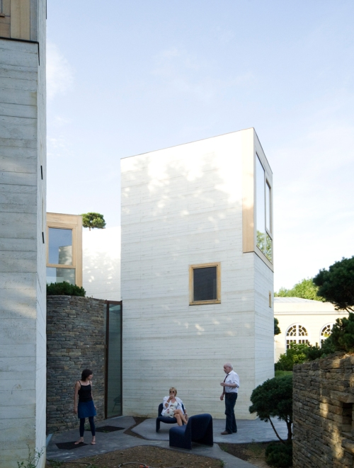 Casa L by Christian Pottgiesser architecturespossibles