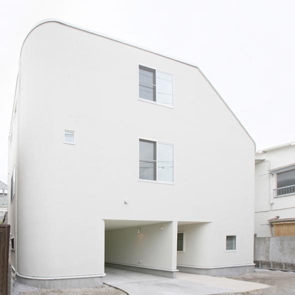 Casa con tobog n by level architects en tokyo jap n - Casa con tobogan ...