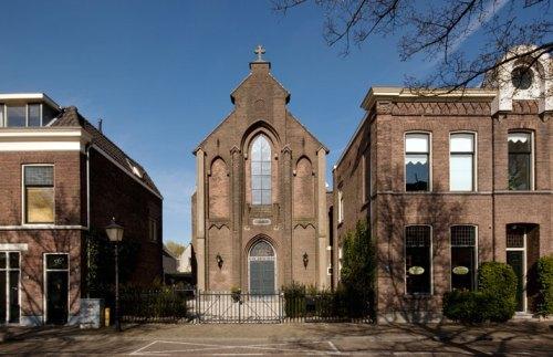 Iglesia convertida en Casa en Utrecht by Zecc Architects - foto © Frank Hanswijk