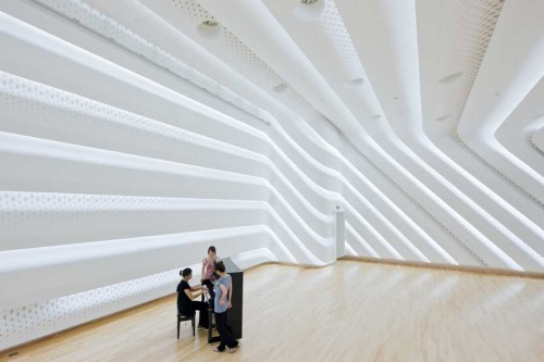 Opera House en Guangzhou by Zaha Hadid Architects