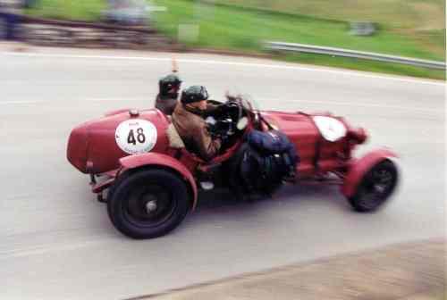 """Rumbo hacia la """"carrera"""" mas bella del mundo by Mille Miglia 2011 (Brescia-Roma)"""