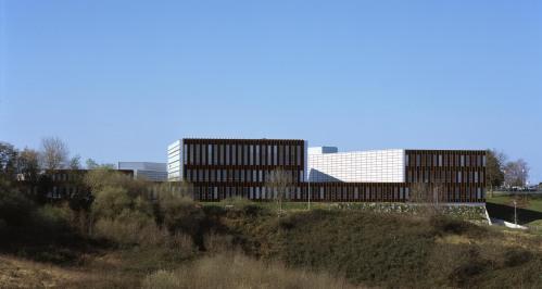 Nueva sede de las Juntas Generales de Gipuzkoa by ByE arquitectos - Foto de Cesar Sant Millán