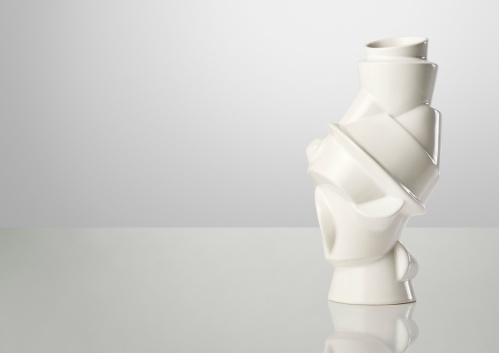 Florero Closely Separated designer MICHAEL GEERTSEN : El mejor design escandinavo by Muuto