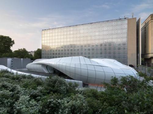 """Mobile Art: Exposición Zaha Adid """" Une Architecture"""" by Institute du Monde Arabe - Paris -"""