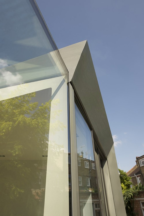 Entre el cielo y la tierra: remodelación casa by Paul McAneary Architects
