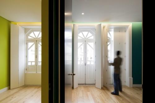 Remodelación de una casa en Oporto by Spaceworkers  Foto: Fernando Guerra   FG+SG